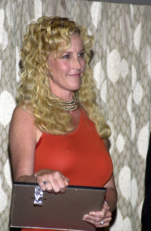Erin Brockovich Faces Silent Killer: Toxic Mold