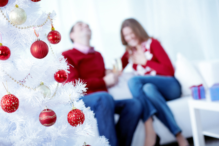 What Can I Do To Minimize Mold Exposure From My Christmas Tree?